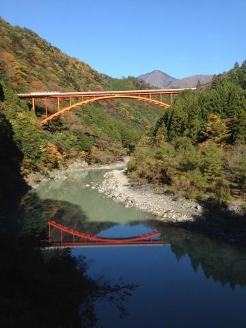 あぷとライン 奥大井の紅葉と鉄橋