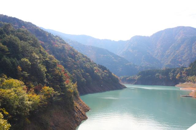 奥大井湖上駅 紅葉