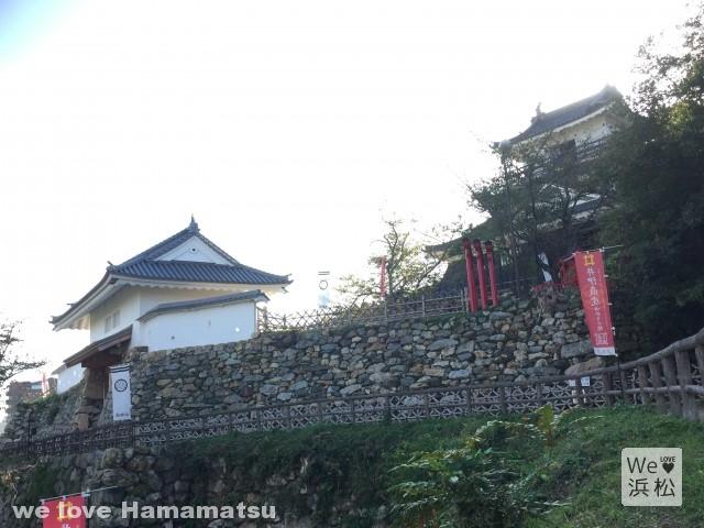 浜松城天守門と天守閣