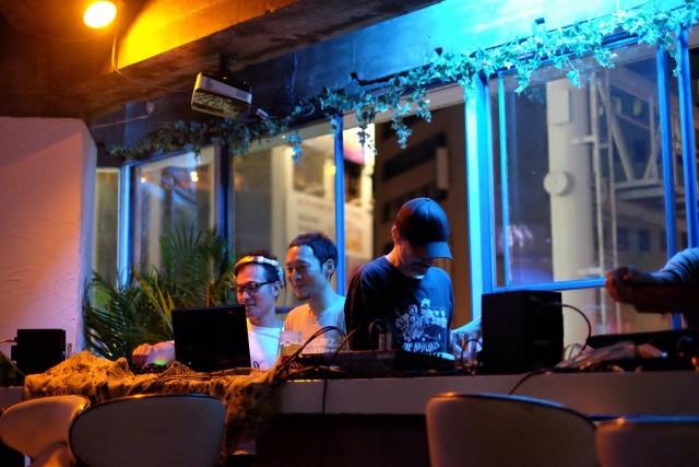 ミュージック・テクノ:カギヤカフェ