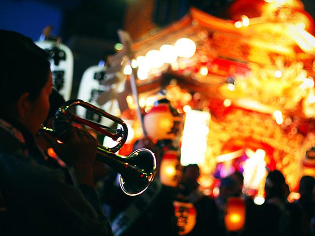 浜松まつりを楽しもう♪ゴールデンウィークは朝から晩まで大賑わい!〜夜の御殿屋台と練り編〜