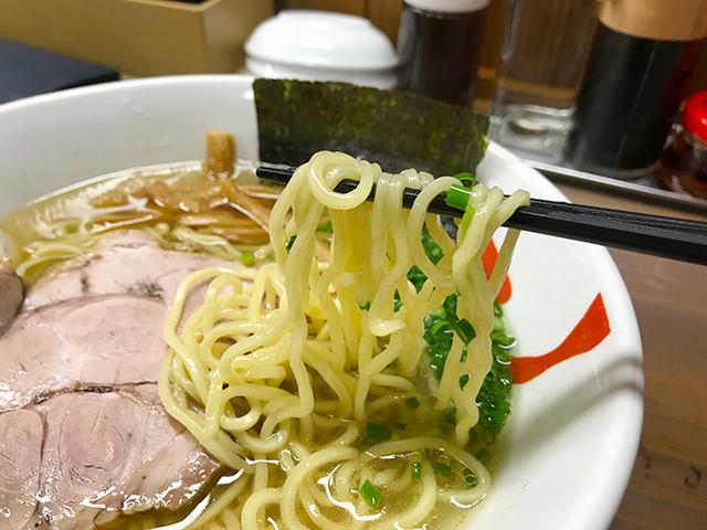 浜松市天日地鶏の塩ラーメン