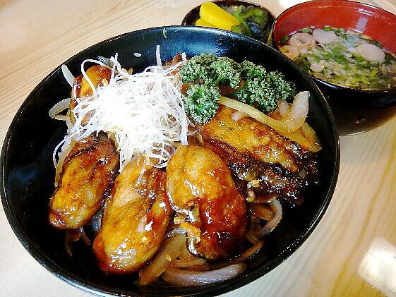 牡蠣カバ丼:浜寿し