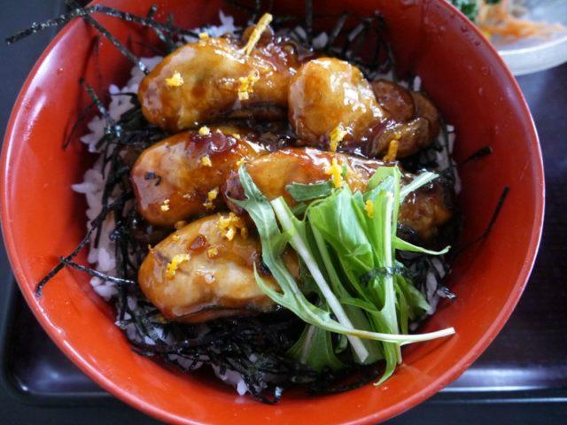 牡蠣カバ丼:フラワーパーク 三州庵