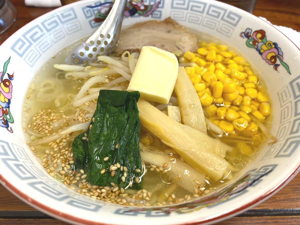天浜線「天竜二俣駅」併設:ホームラン軒の塩バターラーメン