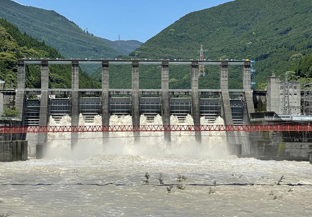 秋葉ダム:竜山橋