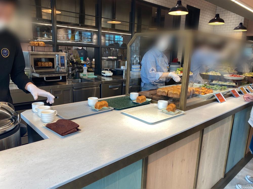スイーツバンク内部:春華堂カフェ