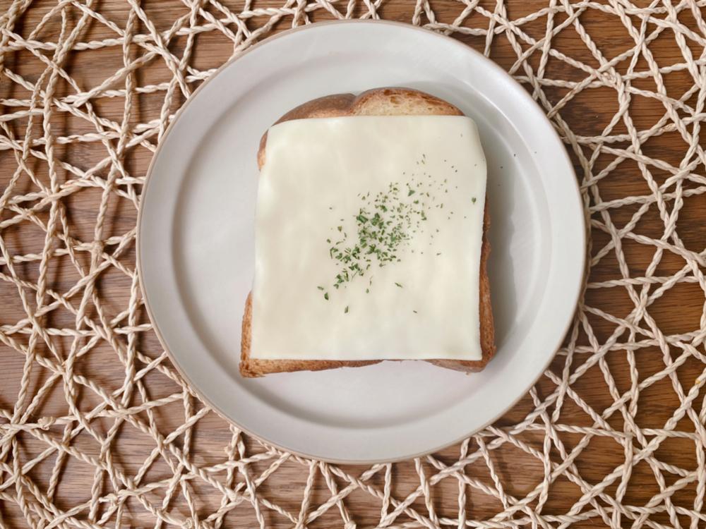 スイーツバンク:春華堂カフェ&ベーカリーのブレッドをトースト