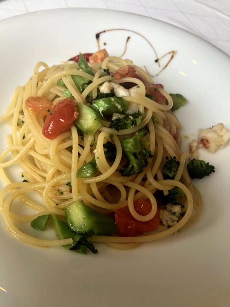 オルタリストランテ:海老と野菜のペペロンチーノ